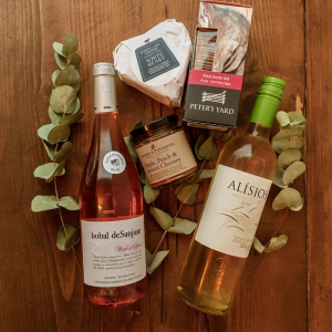 Wine hamper with cheese