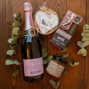 champagne and cheese hamper